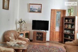 Продається 5-кімнатна квартира 200 кв. м у Одесі