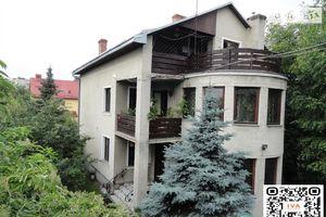 Продается дом на 2 этажа 176 кв. м с гаражом