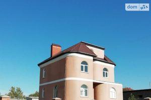 Продается дом на 3 этажа 200 кв. м с участком