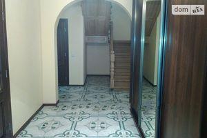 Сдается в аренду 4-комнатная квартира 138 кв. м в Львове