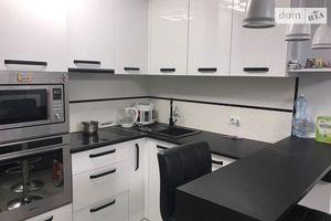 Продается 1-комнатная квартира 33.3 кв. м в Тернополе