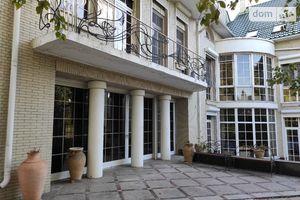 Продається будинок 3 поверховий 1380 кв. м з садом