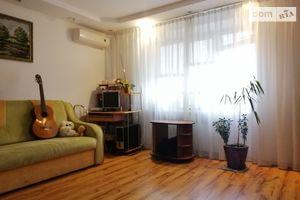 Продается 3-комнатная квартира 86.3 кв. м в Тернополе