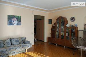 Продается 4-комнатная квартира 141.5 кв. м в Киеве