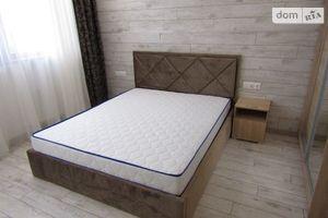 Сдается в аренду 1-комнатная квартира 65 кв. м в Одессе