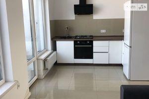 Сдается в аренду 4-комнатная квартира 135 кв. м в Львове