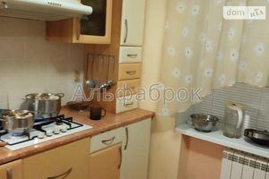 Продается 4-комнатная квартира 98 кв. м в Вышгороде