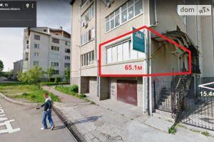 Сдается в аренду офис 80.5 кв. м в нежилом помещении в жилом доме