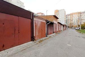 Продается бокс в гаражном комплексе под легковое авто на 42 кв. м