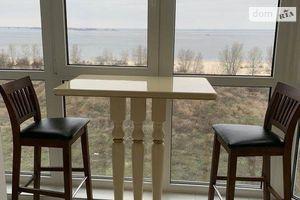 Продается 2-комнатная квартира 74 кв. м в Черкассах