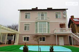 Продается дом на 2 этажа 360 кв. м с верандой