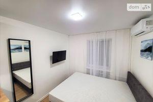 Сдается в аренду 1-комнатная квартира 18 кв. м в Киеве