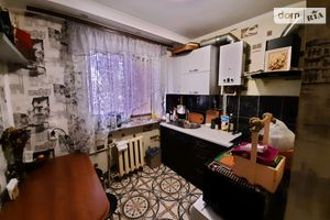 Продається 2-кімнатна квартира 44 кв. м у Херсоні