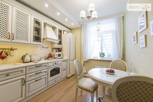 Продается 2-комнатная квартира 55 кв. м в Киеве