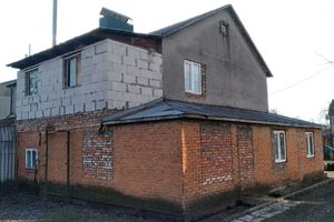 Продается дом на 2 этажа 155 кв. м с камином