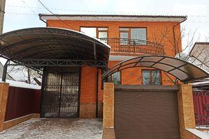 Продается дом на 2 этажа 233 кв. м с гаражом