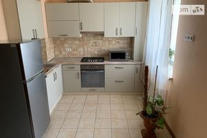Продается 2-комнатная квартира 68 кв. м в Одессе