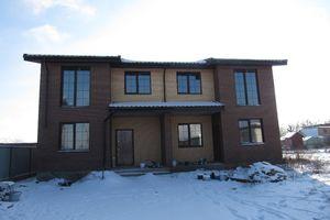 Продается дом на 2 этажа 108 кв. м с мансардой