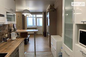 Продається 3-кімнатна квартира 66.5 кв. м у Миколаєві