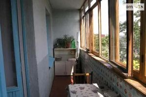 Продається 1-кімнатна квартира 38 кв. м у Дніпрі
