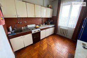 Продається 2-кімнатна квартира 52 кв. м у Тернополі