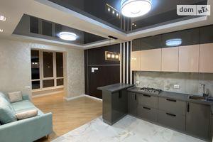 Продается 4-комнатная квартира 100 кв. м в Житомире