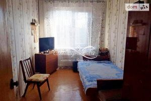 Продається 1-кімнатна квартира 62 кв. м у Чернігові