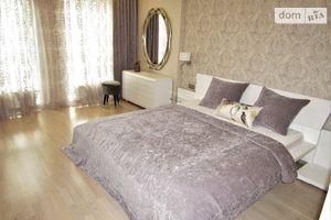 Продается 3-комнатная квартира 122 кв. м в Киеве