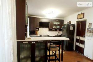 Продается 3-комнатная квартира 96 кв. м в Черновцах