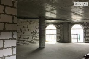 Продается помещения свободного назначения 130.2 кв. м в 5-этажном здании