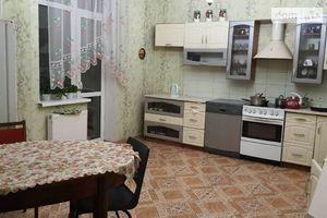Продается 6-комнатная квартира 250 кв. м в Чернигове