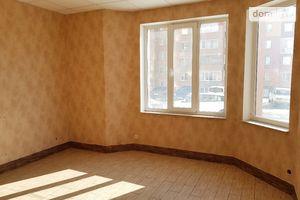 Продається приміщення вільного призначення 44 кв. м в 9-поверховій будівлі