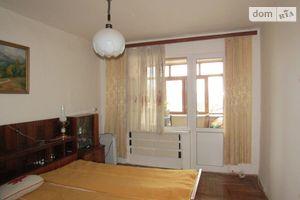 Продается 3-комнатная квартира 69 кв. м в Ужгороде