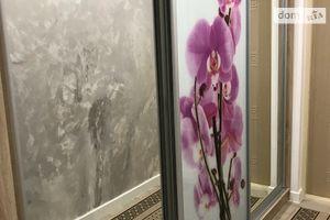 Здається в оренду 2-кімнатна квартира 70 кв. м у Івано-Франківську