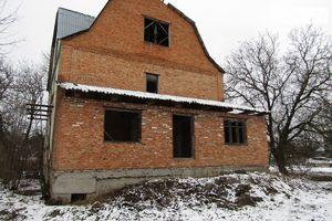 Продается дом на 3 этажа 200 кв. м с баней/сауной