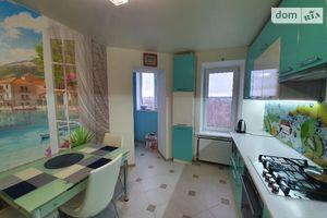 Продается 3-комнатная квартира 80.4 кв. м в Хмельницком