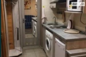 Сдается в аренду 2-комнатная квартира 22 кв. м в Запорожье