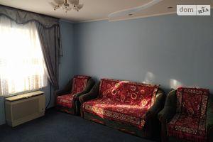 Продается 4-комнатная квартира 75 кв. м в Липовце