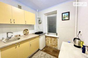 Продається 1-кімнатна квартира 21 кв. м у Світловодську