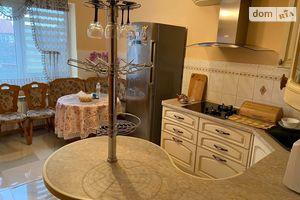 Продается дом на 2 этажа 223 кв. м с гаражом