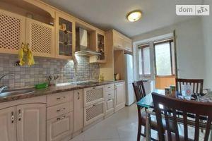 Продается 4-комнатная квартира 85 кв. м в Днепре