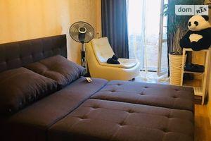 Продається 2-кімнатна квартира 46 кв. м у Одесі