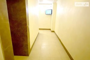 Продается 4-комнатная квартира 144 кв. м в Запорожье