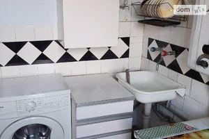 Сдается в аренду 2-комнатная квартира 44 кв. м в Черновцах
