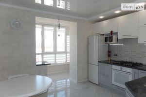 Продается 2-комнатная квартира 68 кв. м в Виннице