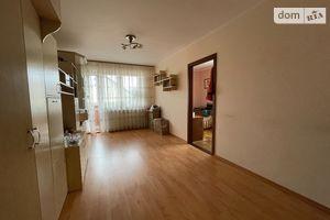 Продается 3-комнатная квартира 59 кв. м в Казатине