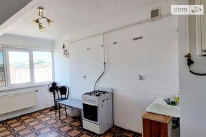 Продається 2-кімнатна квартира 68 кв. м у Чернівцях