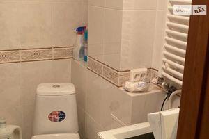 Сдается в аренду 1-комнатная квартира 36 кв. м в Ужгороде