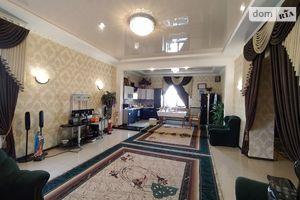Продается дом на 2 этажа 233.4 кв. м с балконом