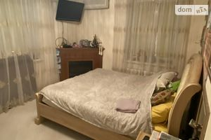 Сдается в аренду 4-комнатная квартира 86 кв. м в Краматорске